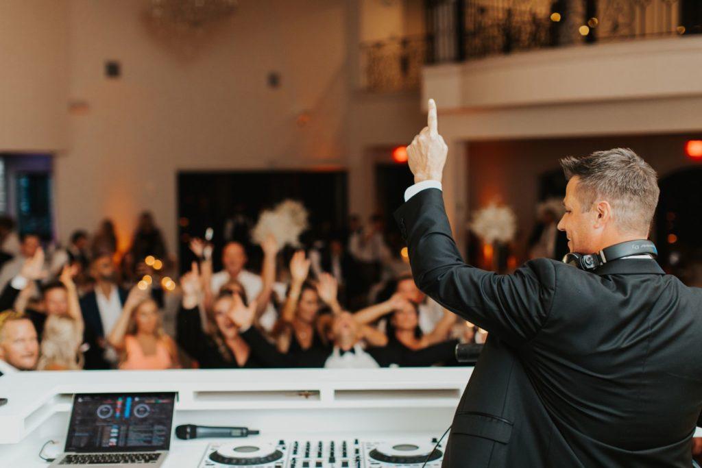 Dan Quinn- Dallas, Fort Worth, & Luxury Destination Wedding DJ